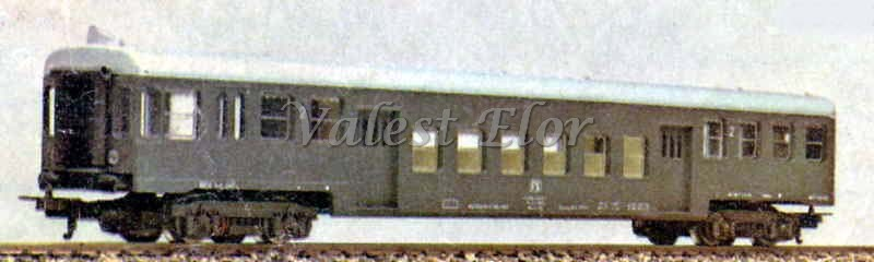 Carrozza pilota art. 8038L motorizzata (foto da catalogo)