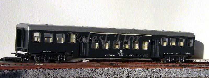 Carrozza mista nABz 68.602 art. 309118, prodotta a fine anni '70