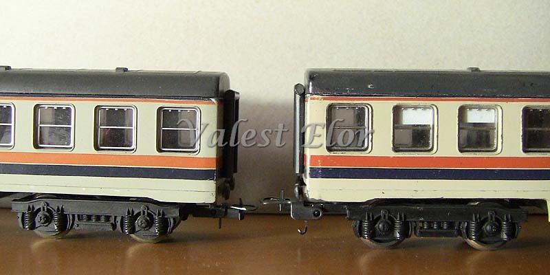 Confronto tra una carrozza di produzione anni '80 (a destra) e una di produzione anni '90 (a sinistra)