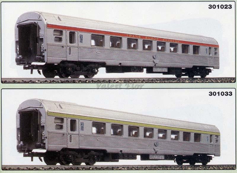 Le versioni belghe, di prima classe (sopra, art. 301023) e di seconda (sotto, art. 301033) - foto da catalogo Lima 1994