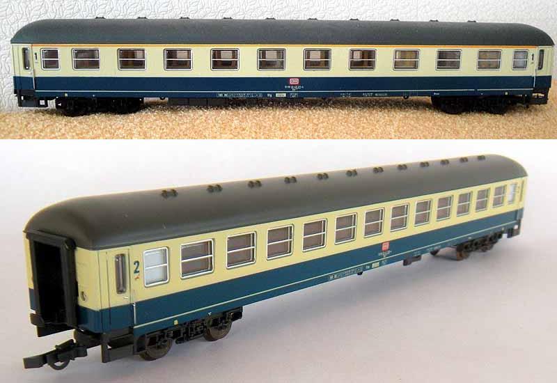 Carrozze UIC-X DB in livrea blu oceano-beige: sopra la 1ª classe (art. 309174K), sotto la 2ª classe (art. 309179K) - foto da ebay