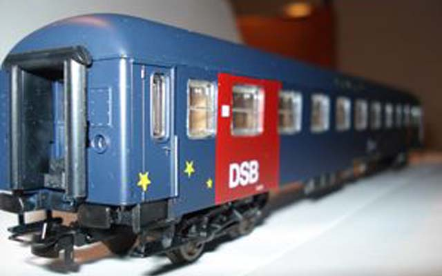 Carrozza cuccette UIC-X DSB a 10 scompartimenti - foto dbastic.dk