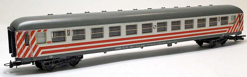 Carrozza UIC-X RENFE serie 12600 (art. 309612K) – foto da ebay-iberplace.com