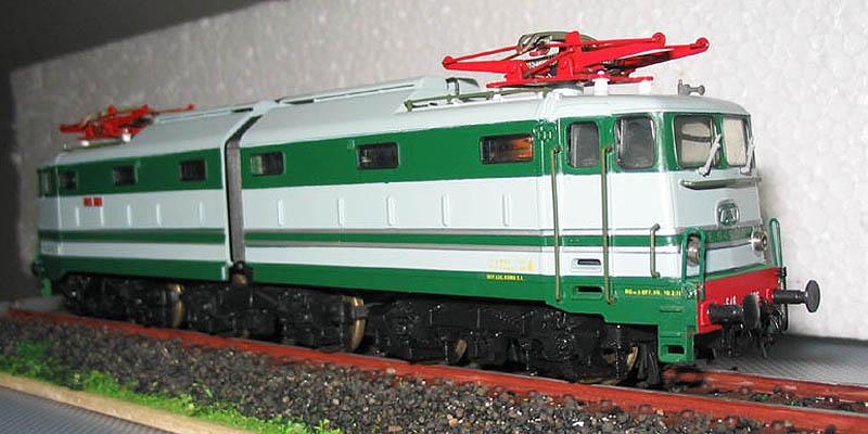 E646 006, art. 208256LP (foto da trenoincasa.it)
