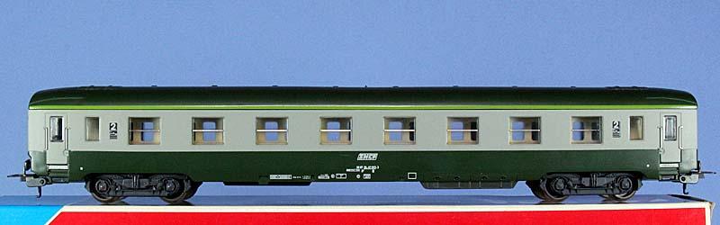 Carrozza di 2ª classe verde-grigio, art. 309104 - foto da ebay