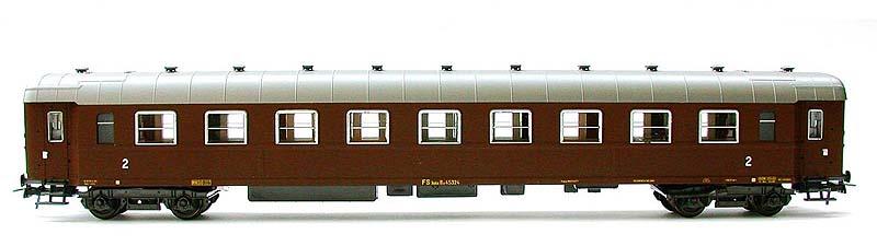 Carrozza di 2ª classe castano, art. 3505 - foto da ebay