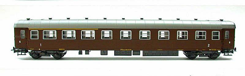 Carrozza mista di 1ª e 2ª classe castano, art. 3507 - foto da ebay