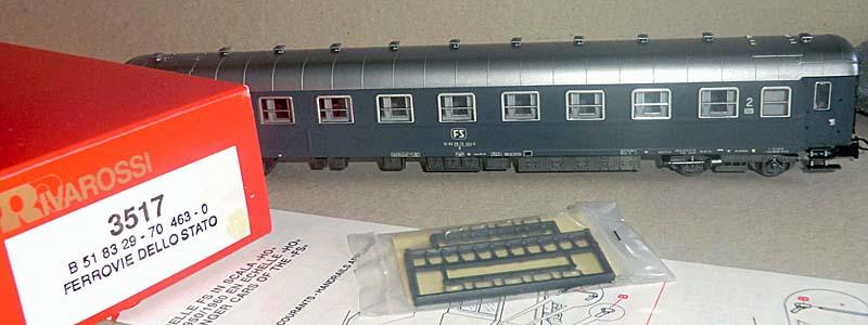 Carrozza di 2ª classe grigio ardesia, art. 3517 - foto da ebay