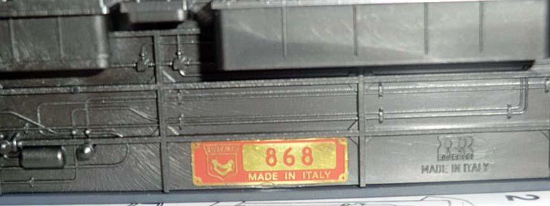 Particolare della targhetta posta nel sottocassa della carrozza art. 3517 - foto da ebay
