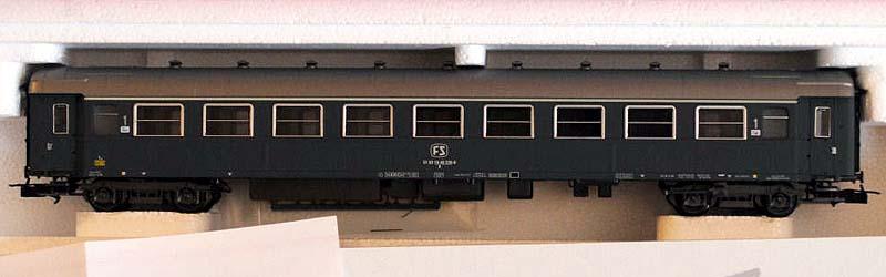 Carrozza di 1ª classe grigio ardesia, art. 3558 – foto da ebay