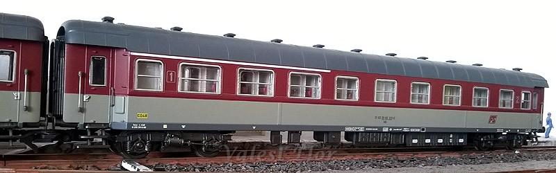 Carrozza mista di 1ª e 2ª classe rosso fegato-grigio beige, art. 3509