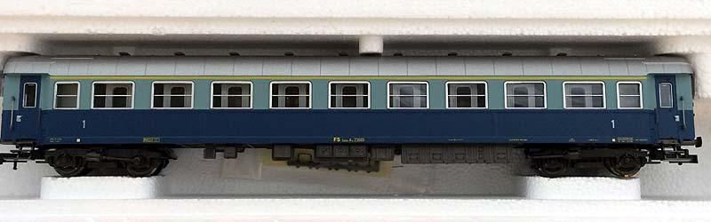 "Carrozza di 1ª classe ""Treno Azzurro"", art. 3549 – foto da ebay"