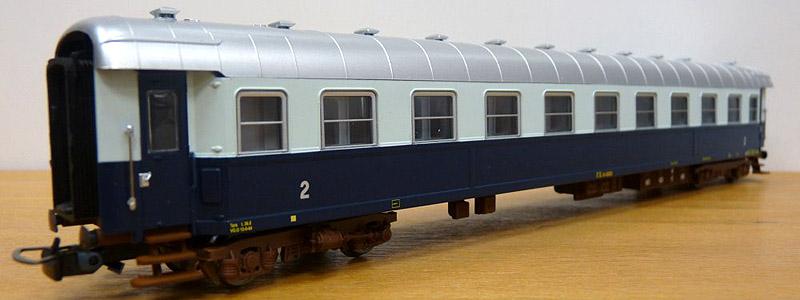 Carrozza di 2ª classe in livrea Treno Azzurro, art. HR4022 - foto da minimondo2002.it