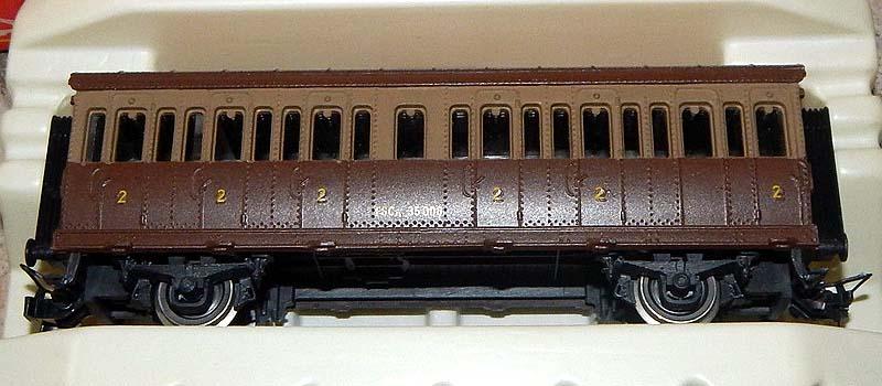 Carrozza castano-isabella art. 2505 con chiodature sulla cassa - foto da ebay