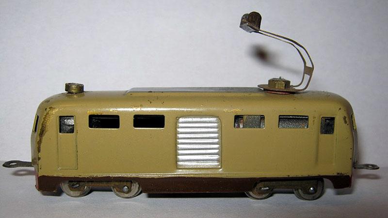 E424 FEM - foto da rivarossi-memory.it, modello della collezione Renzo Bianchi