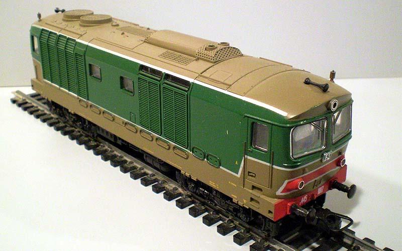 D445 1017 di produzione fine anni '80, art. 208151L - foto da redsbazaar.it