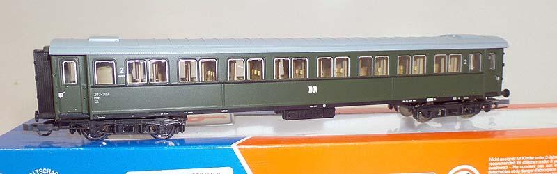 Carrozza di 2ª classe serie 20.000 immatricolata DR, art. 44977 - foto da ebay