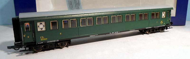 Carrozza serie 50.100 mista di 1ª e 2ª classe in livrea verde vagone, art. 45555 - foto da ebay