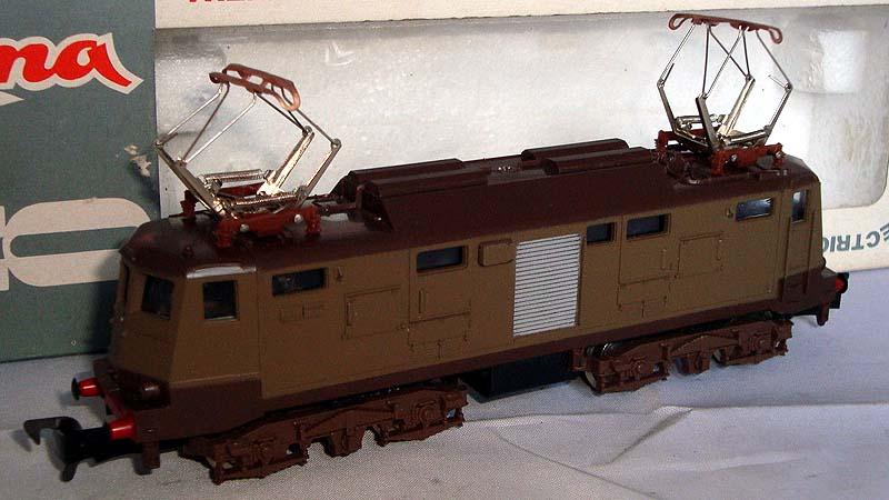 """E424 143 con ganci """"britannici"""" - foto da ebay"""