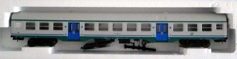 Carrozza MDVC di 2ª classe in livrea XMPR con tetto bianco, art. 309524 – foto da ebay