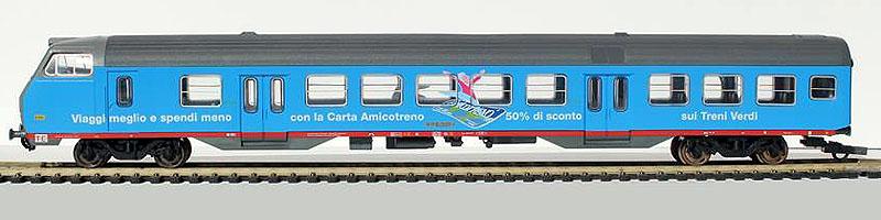 """Carrozza pilota MDVC TE con cabina aerodinamica in livrea """"Carta Amicotreno"""", art. 309538-1 – foto da pagina Facebook """"Lima trenini elettrici"""""""