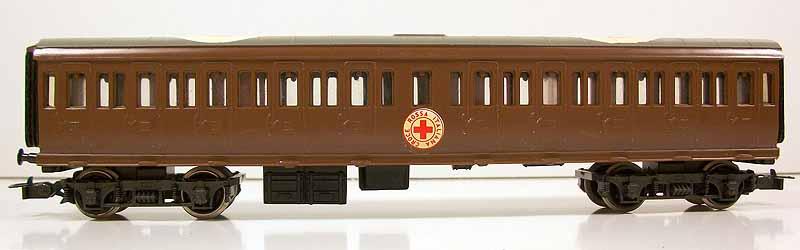 Carrozza art. 42519 con insegne della Croce Rossa - foto da ebay
