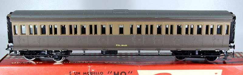 Carrozza V Cz con marcatura tampografata - foto da ebay
