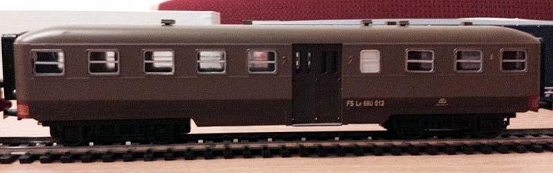 Le 680 012 (art. 3032), modello di produzione più recente con nuovi finestrini - foto da ebay