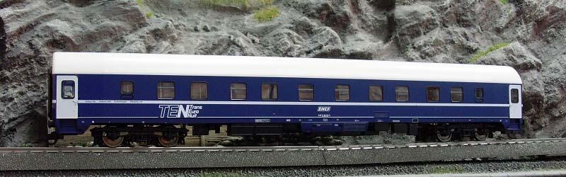 Carrozza UH SNCF 71 87 71-80 751-5 (art. 45608) - foto da ebay