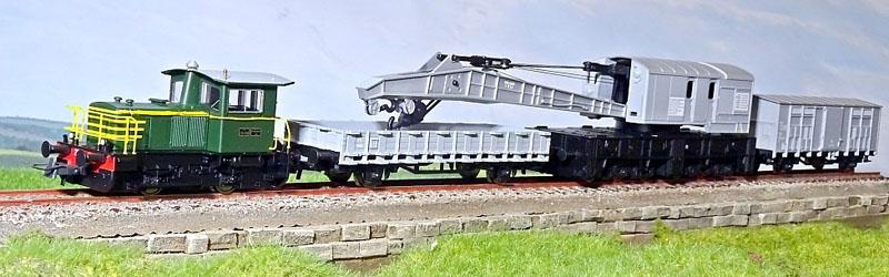 214 4148, in confezione con il carro gru e relativi carri appoggio, art. 51157 - foto da hgd.ro