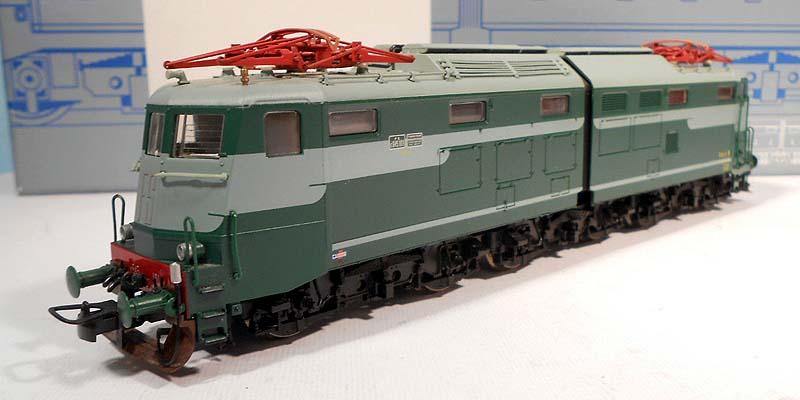 E645 101 in livrea verde-grigio, art. 63645 - foto da ebay